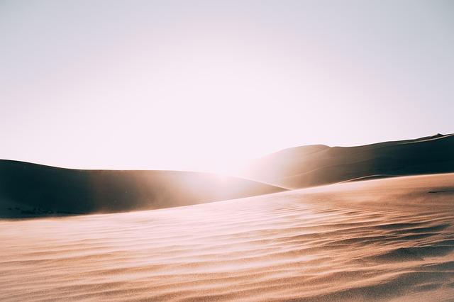 slunce, poušť