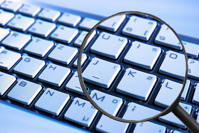 lupa, klávesnice