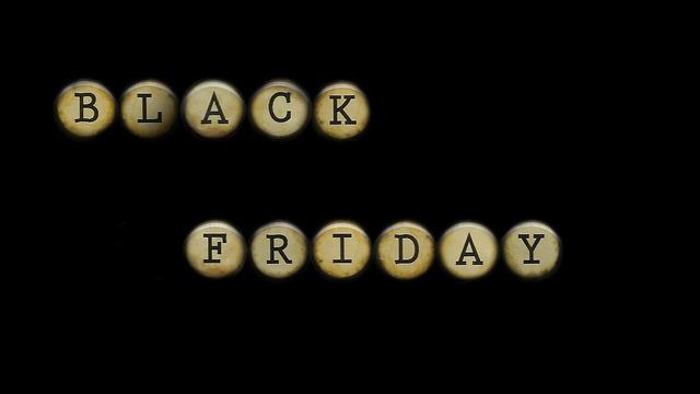 Nákupy se spoustou slev a výhod – to je Black Friday!