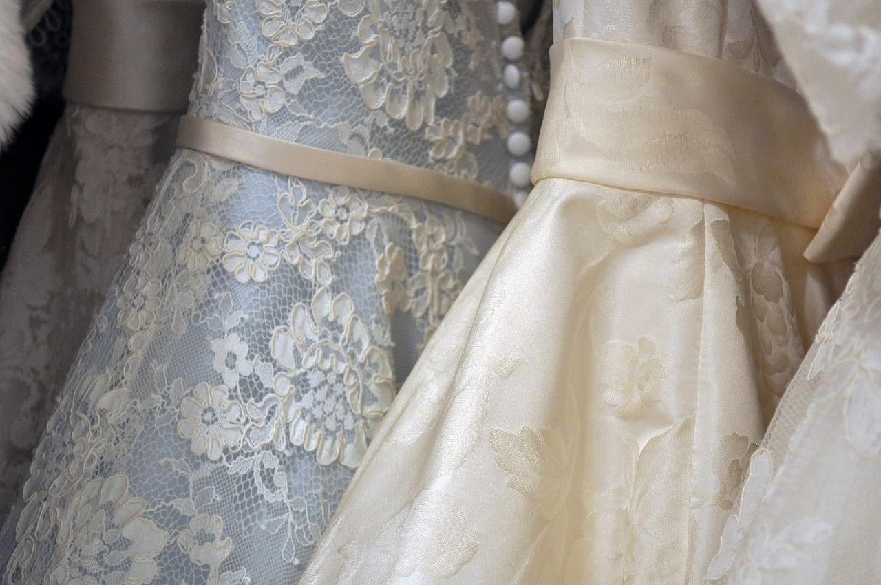 Výběr svatebních šatů